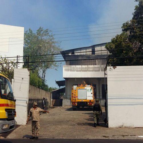 PI| Adolescente pula de prédio durante incêndio; moradores relatam desespero