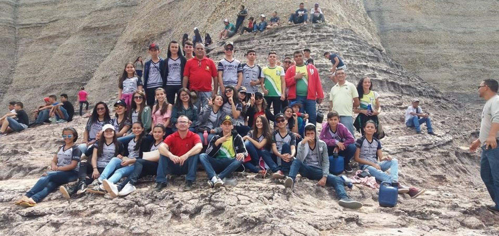 Estudantes de Belém do Piauí visitam Parque Nacional da Serra da Capivara e Museu do Homem Americano