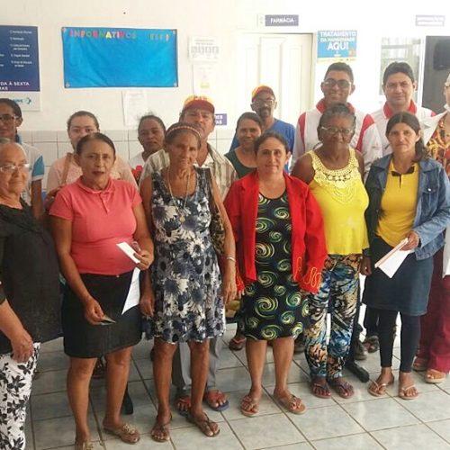 PADRE MARCOS   Após palestras, mulheres recebem atendimento de prevenção ao câncer