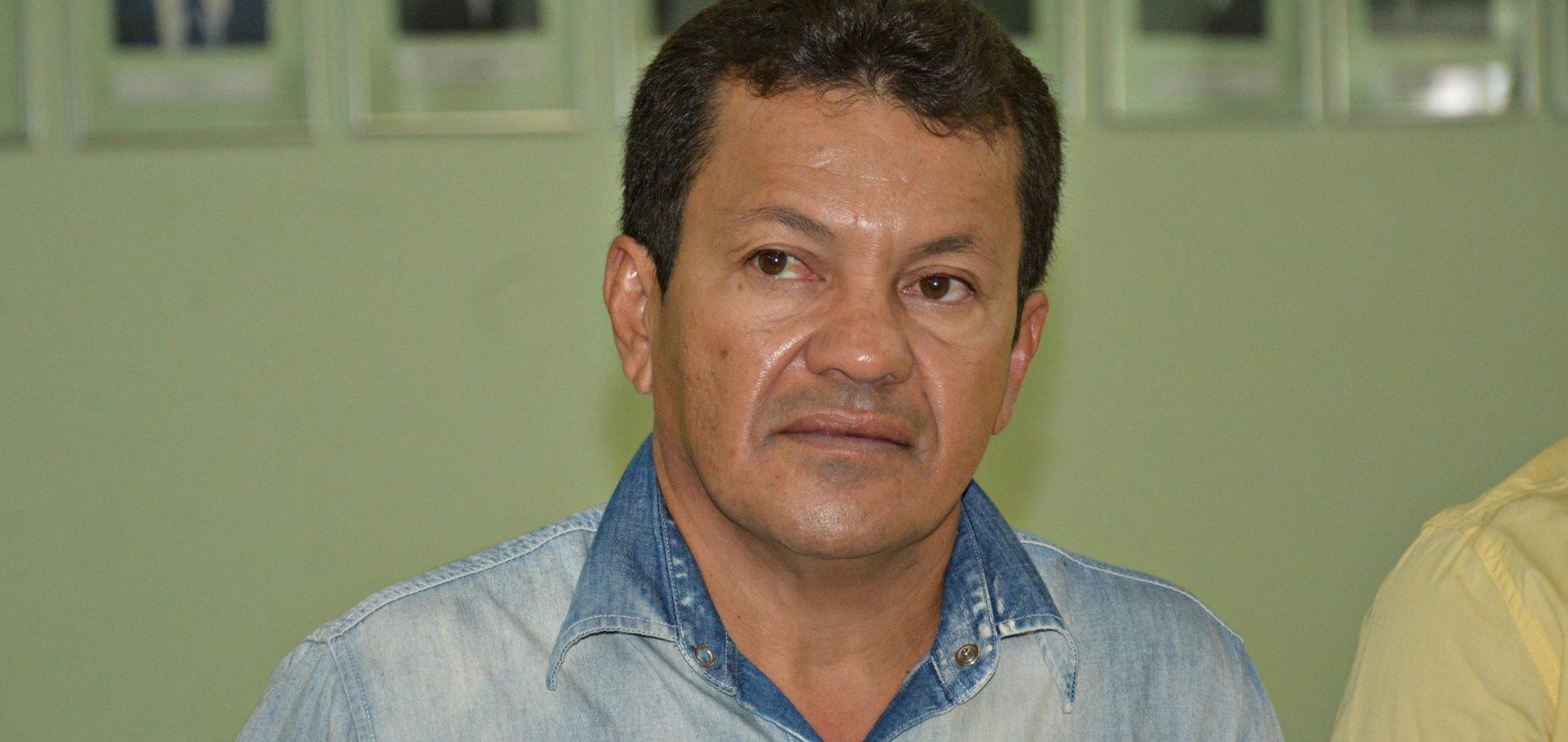 Prefeito de Campo Grande do Piauí antecipa segunda parcela do 13º da Educação e injeta cerca de R$ 105 mil na economia local