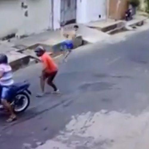 Jovem foge de assalto no PI e vídeo viraliza: 'se vier desarmado eu corro mesmo'