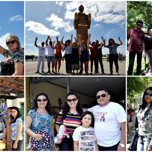 VILA NOVA | Veja fotos do 2º dia de Romaria ao Canindé, no Ceará