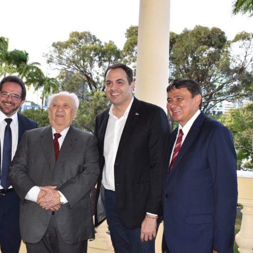 Wellington Dias prestigia título para João Claudino em Pernambuco