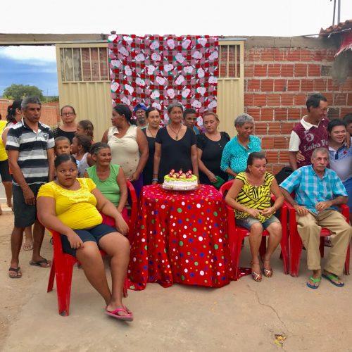 Em Alagoinha do Piauí grupo de amigas realiza jantar para 'pessoas especiais'
