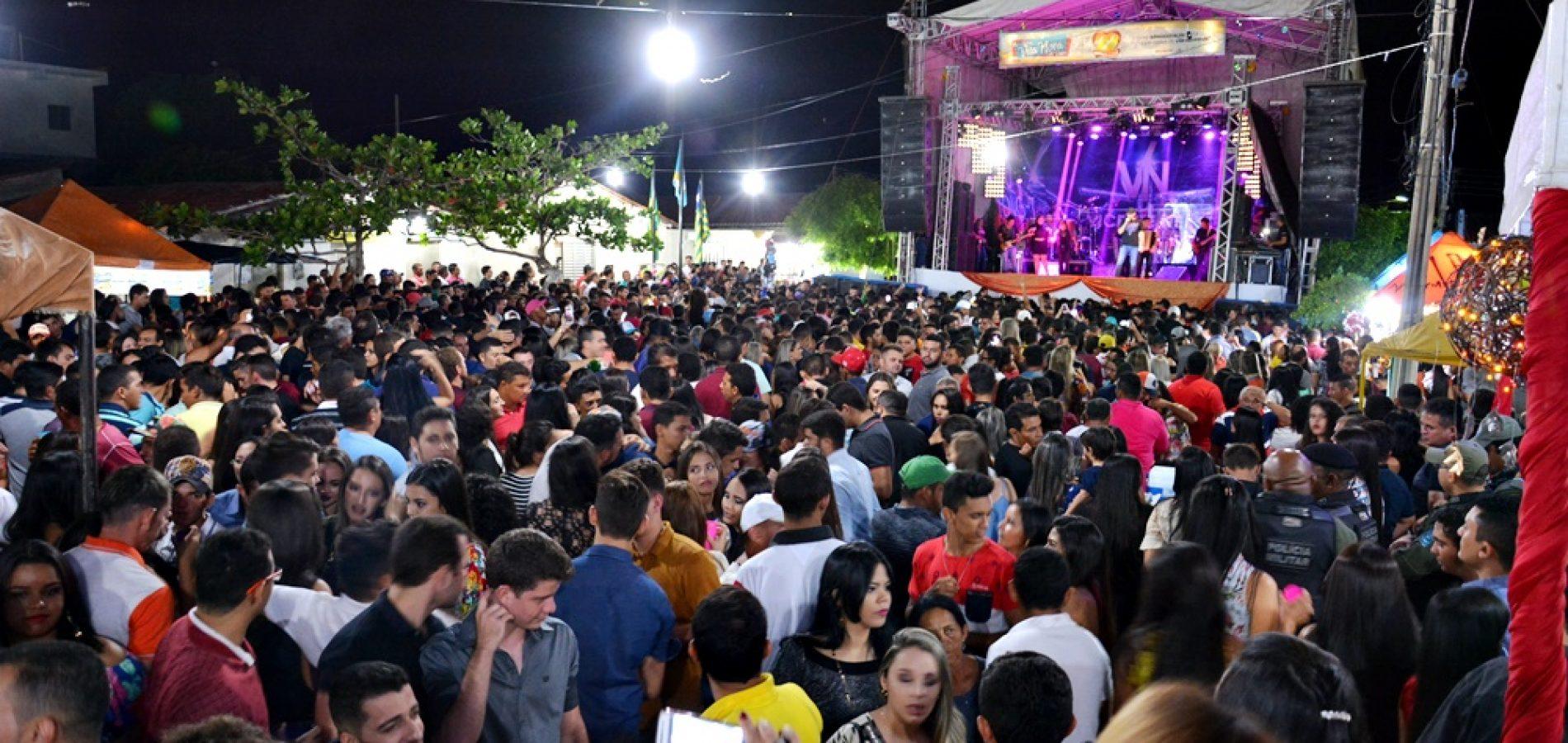 Multidão prestigia festa do aniversário de Vila Nova do Piauí; veja fotos