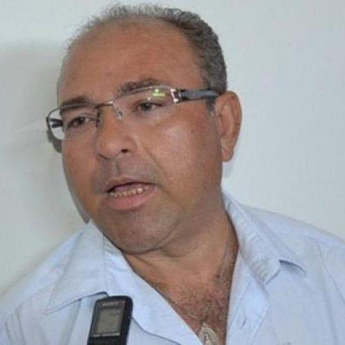 Prefeito de São José do Piauí é orientado a demitir servidores