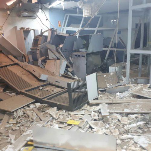 Polícia de Goiás prende quadrilha acusada de explodir bancos no Piauí