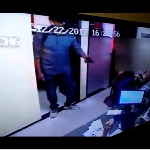 Vídeo: com duas armas, bandido assalta loja de motos em Picos