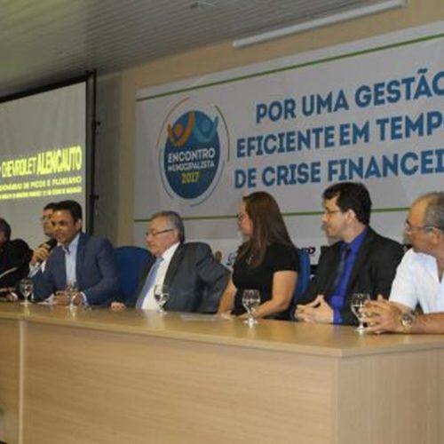 ENCONTRO MUNICIPALISTA: Prefeitos discutem rumos da gestão pública em meio a crise financeira