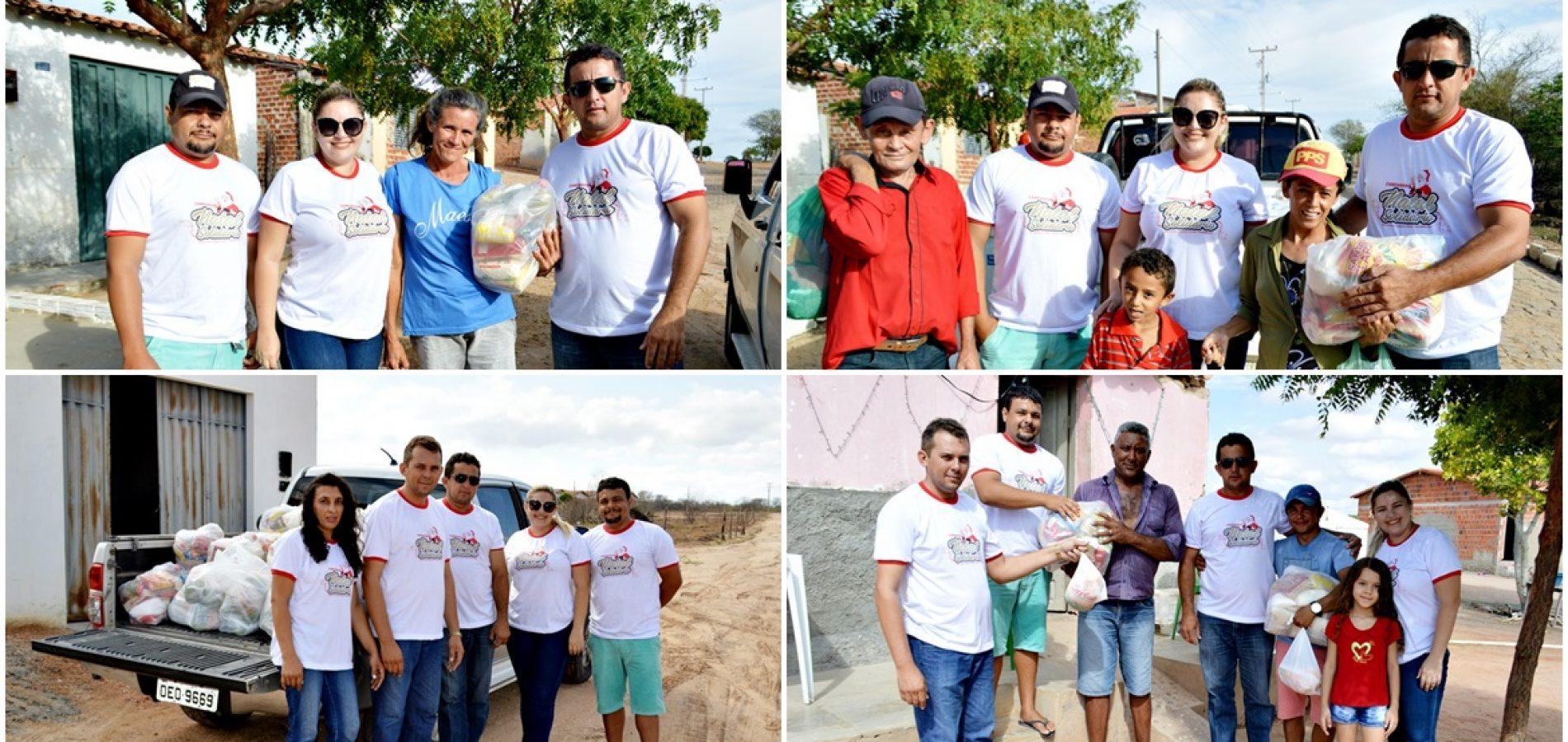 Vereador Roberto Moura doa mais de 800 kg de alimentos em cestas de natal para 52 famílias de Vila Nova do PI
