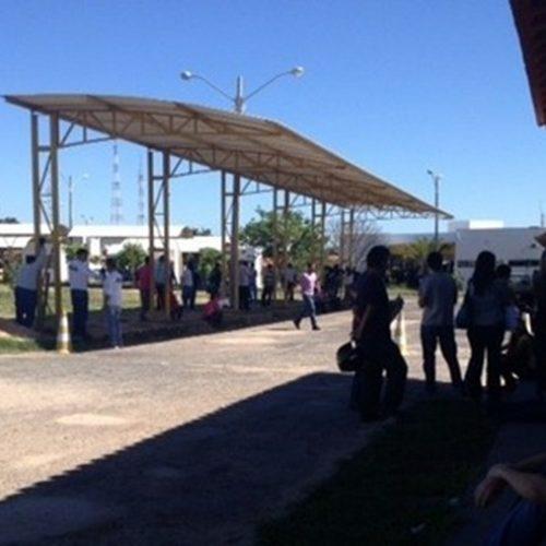 Autoescolas do PI protestam contra baixa oferta de testes práticos no Detran