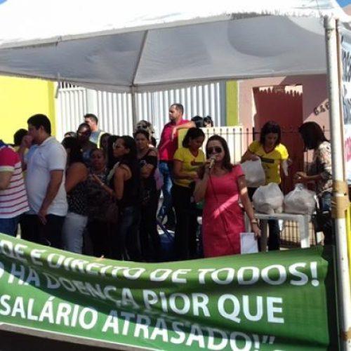 Proposta da Prefeitura para parcelar salários atrasados em 12 meses causa indignação dos servidores da Saúde em Picos
