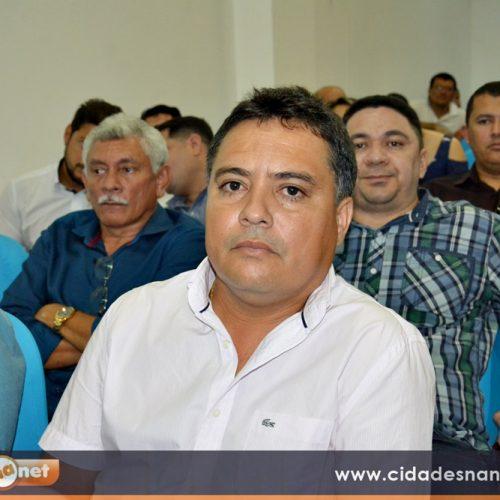 Prefeito de Vera Mendes prestigia evento com o ministro no Piauí; programa de inclusão digital é lançado