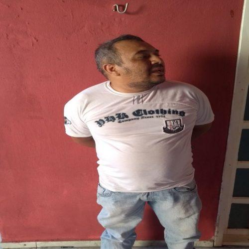 PM prende foragido da Major César em Picos e apreende drogas e munições