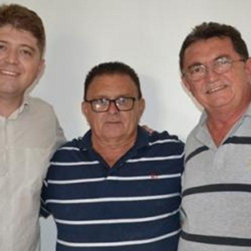 Deputados visitam prefeito de Francisco Macedo e reiteram compromisso de trabalho