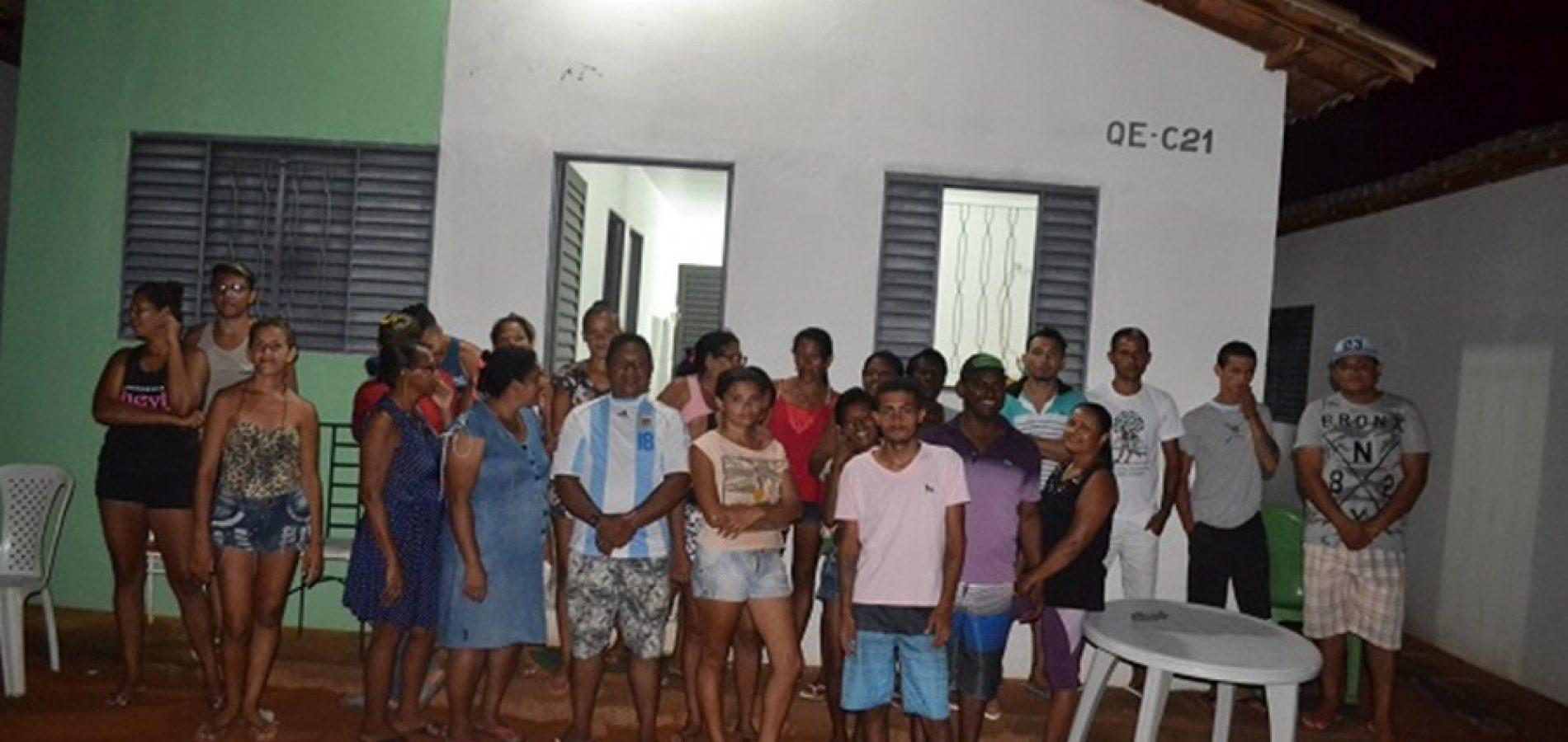 Ocupantes criam comissão para assegurar direito de permanecer em casas invadidas em Picos