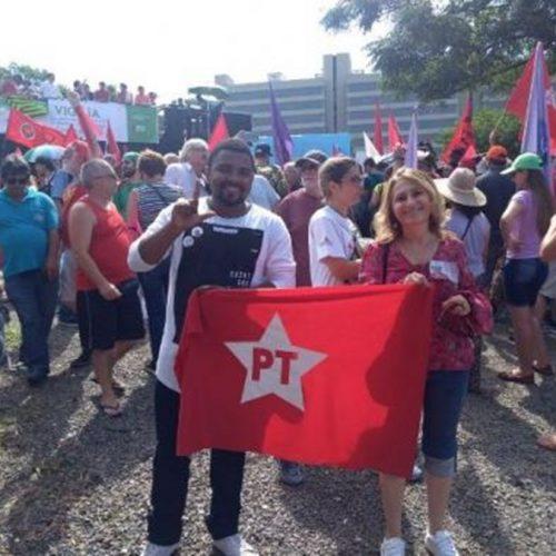 Picoenses participam de ato em defesa de Lula em Porto Alegre – RS