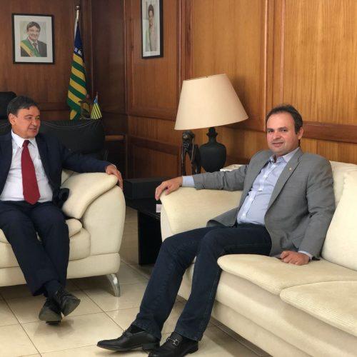 Governador garante a deputado recuperação de rodovias e obras na região de Picos
