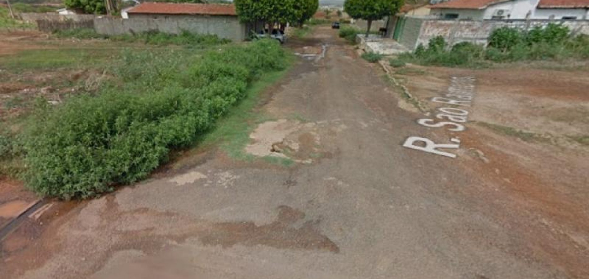 Assaltantes realizam arrastão em casa no bairro Conduru em Picos