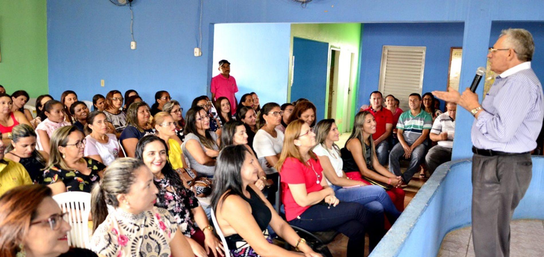Palestra com o Dr. Gildásio Guedes abre o ano letivo em Massapê do Piauí