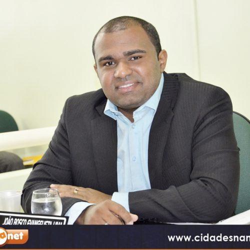 Vereador João Bosco cobra informações sobre obras do Estádio Municipal e Praça Socorro Lélis em Jaicós
