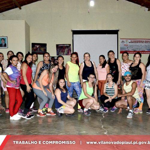 Social de Vila Nova inicia aula de Zumba; veja fotos