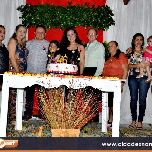 GENTE EM EVIDÊNCIA   Edilson Brito recebe festa surpresa de aniversário ofertada pelos familiares e amigos