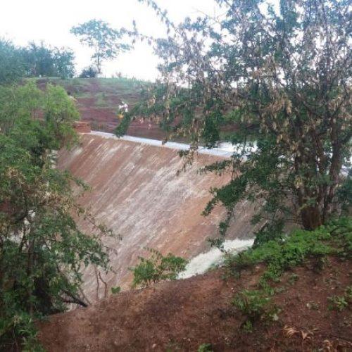 Após cinco anos de seca, Barragem de Alagoinha do Piauí transborda; veja fotos e vídeo