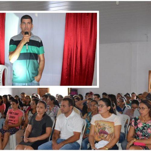Profissionais de educação recebem formação durante semana pedagógica em Jacobina do Piauí