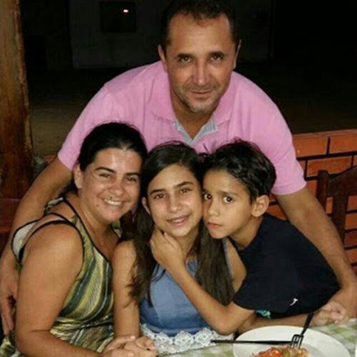 FRONTEIRAS | Professora passa mal e morre no Hospital em Picos