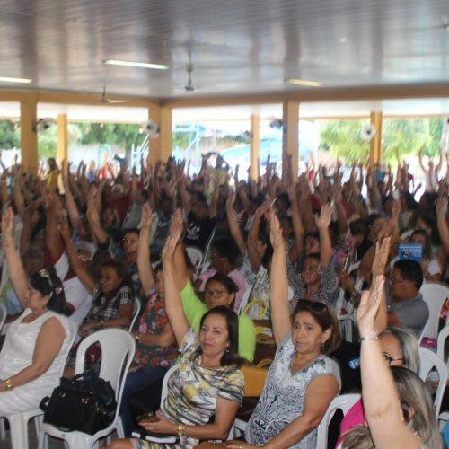 Deputados sugerem audiência para discutir reajuste dos professores