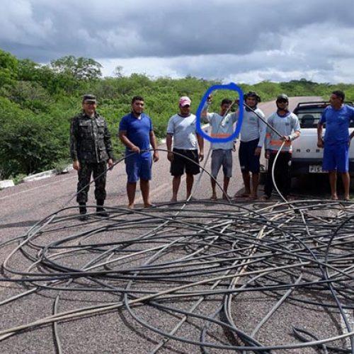 Polícia faz operação na adutora do Poço de Marruá e flagra roubo de água