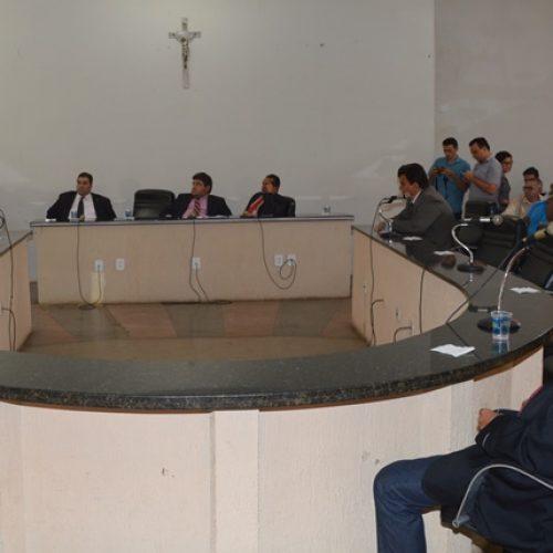 PTB se une à oposição e boicota prefeito de Picos em sessão