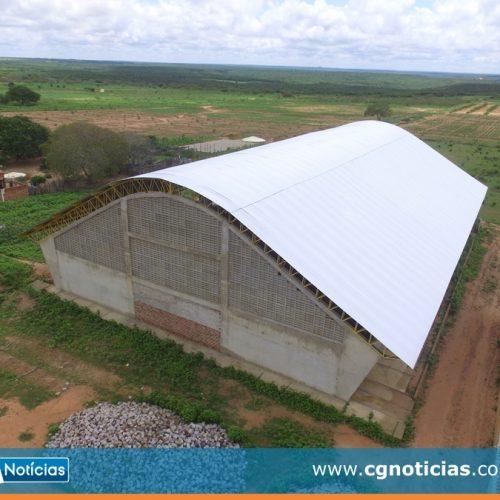 CAMPO GRANDE | Prefeitura finaliza cobertura da quadra de esportes do povoado Canela de Velho; Veja fotos