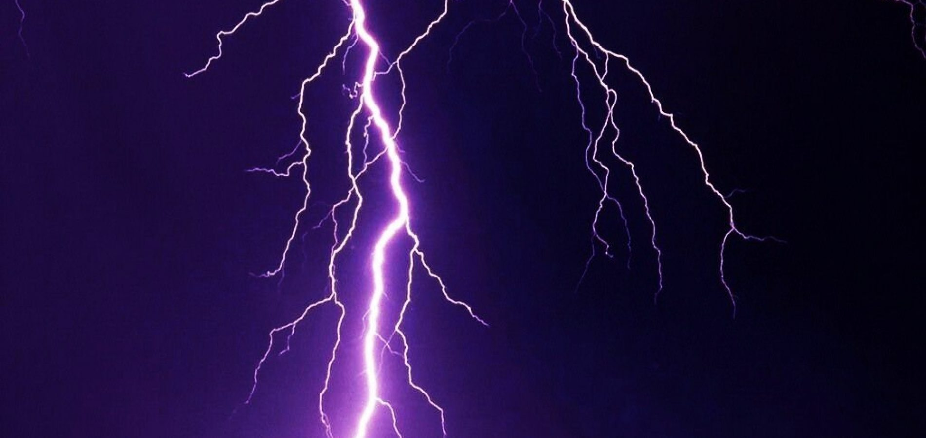 Eletrobras Piauí explica cuidados durante tempestade de raios