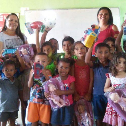 Prefeitura de Vera Mendes entrega brinquedos para alunos da Educação Infantil