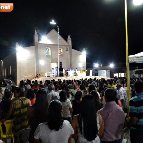 Em Caldeirão, comunidade participa da última noite da novena e do leilão de São José