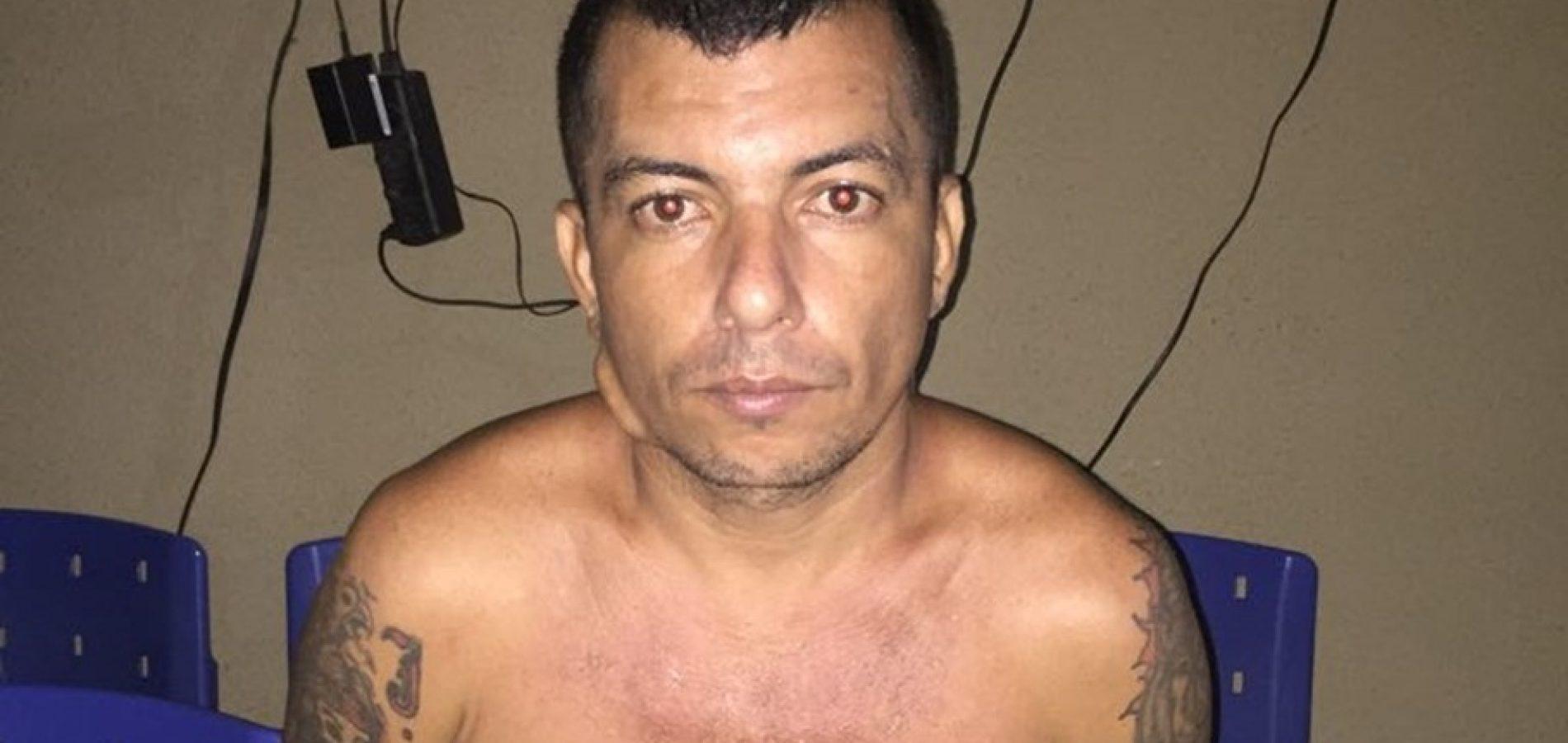 Servente de pedreiro acusado de homicídio é preso pela PM em Picos