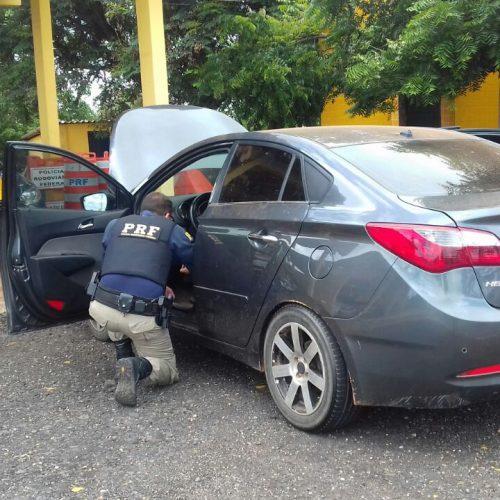 Polícia Rodoviária Federal prende homem com carro roubado em Picos