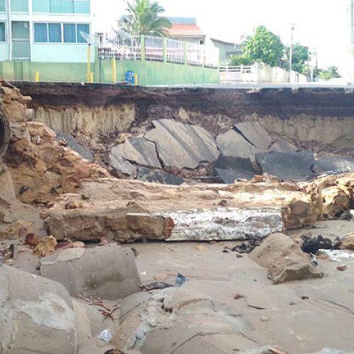 Chuva deixa 30 desabrigados e causa estragos no litoral do Piauí