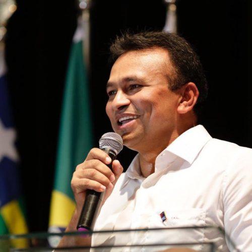Capitão Fábio Abreu deixa PTB e se filia ao PR