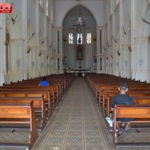 Fiéis sofrem furtos dentro de igreja no Centro de Picos