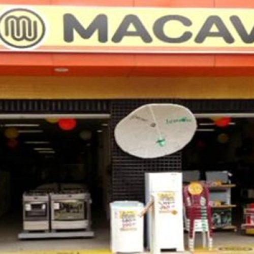 Assaltantes rendem funcionários e roubam aparelhos celulares da Loja Macavi em Picos
