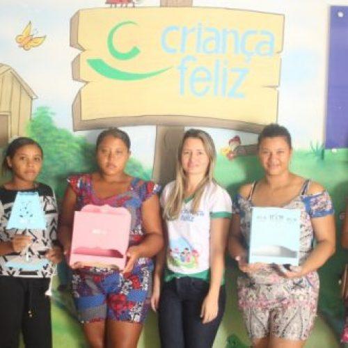 CAMPO GRANDE | Equipe do Criança Feliz realiza oficina de confecção de enxovais para grupo de gestantes