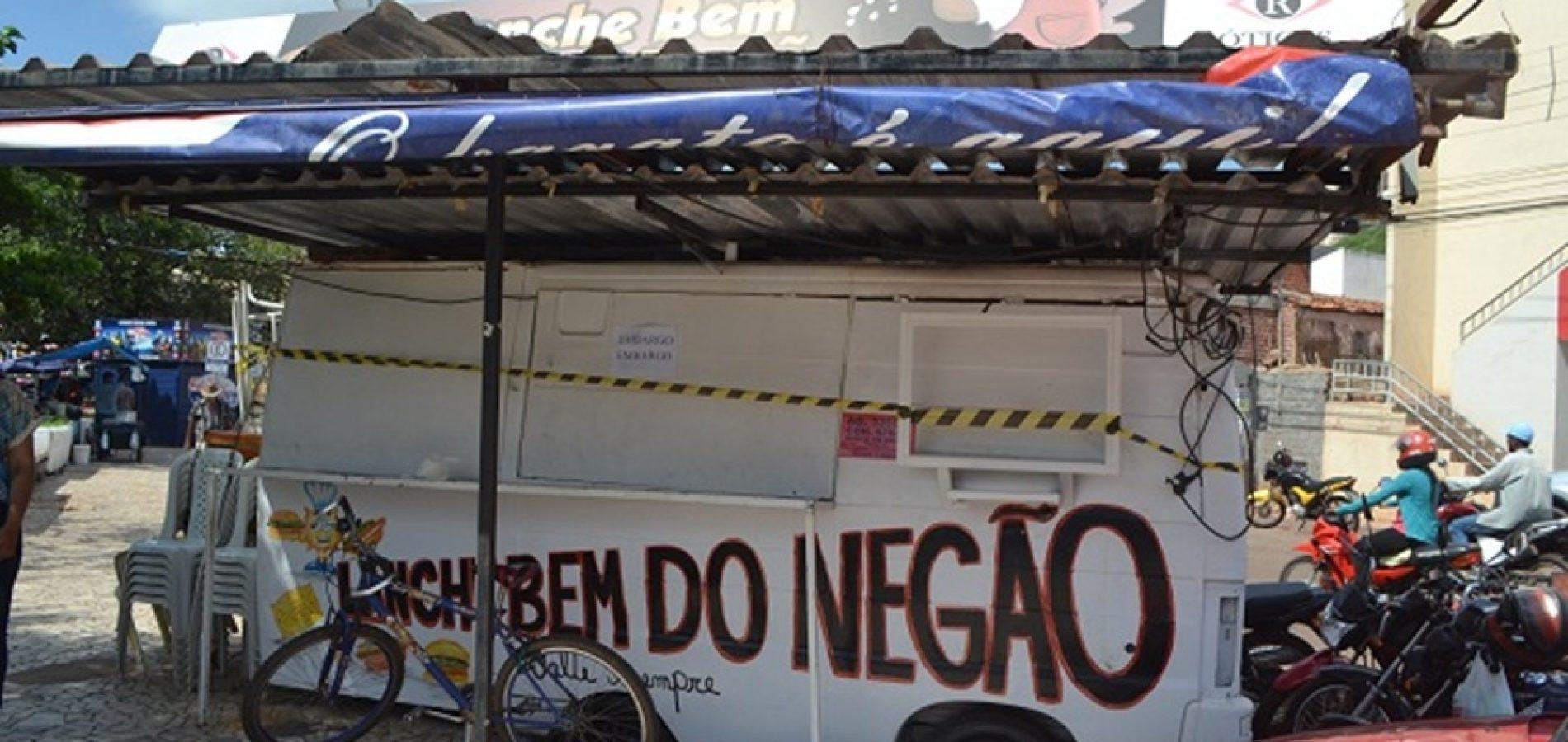Prefeitura de Picos esclarece embargo de trailers da praça Félix Pacheco