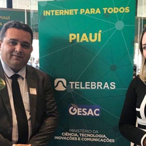 Em Brasília, prefeito Toninho assina adesão ao 'Internet para Todos' e destaca importância programa
