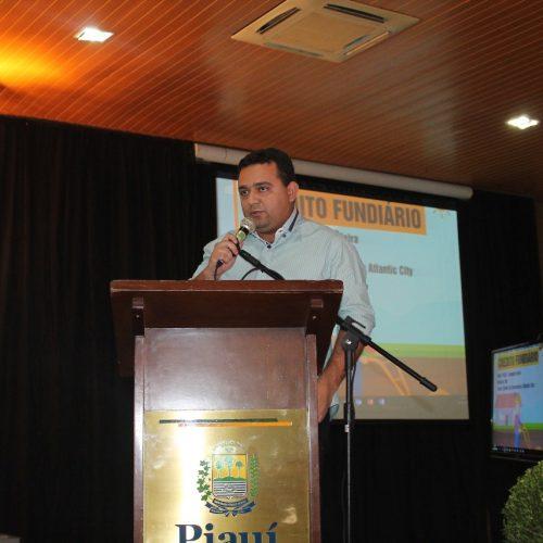 Prefeito Toninho representa APPM em evento do Governo do Estado em Teresina