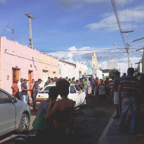 Acidente no centro de Pio IX deixa duas pessoas feridas