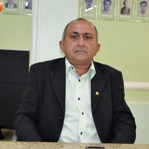 Vereador Divino solicita borrifação em Jaicós para combater a proliferação de insetos