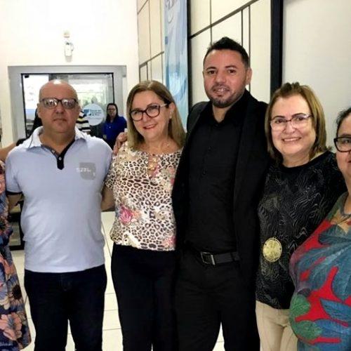 FRONTEIRAS   Secretária Verônica participa de Encontro Educacional em Teresina